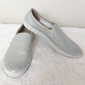 Hotter | Silver Metallic Daisy Slip On Sneaker 8.5